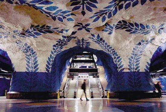 斯德哥尔摩地铁艺术钢琴楼梯挑动你的感性神经