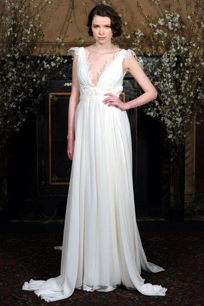 组图:2015新款白色婚纱重新演绎经典复古风