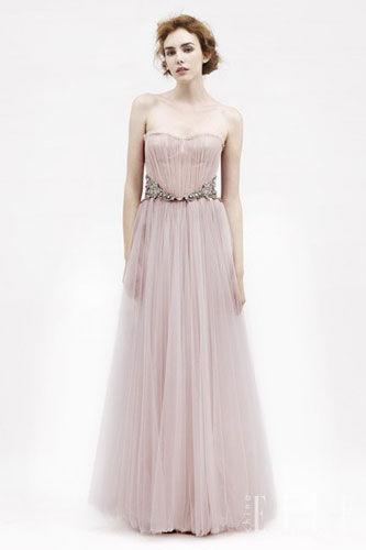 做美丽优雅的新娘盘点有亲和力的裸粉色礼服