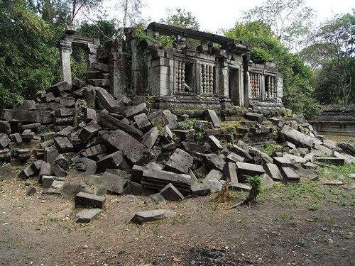 吴哥遗迹群中最神秘的遗迹——崩密列