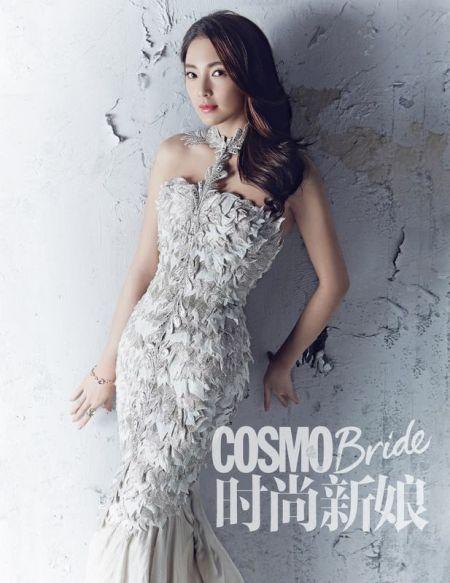 张雨绮婚纱写真曝光美的出类拔萃让人心动