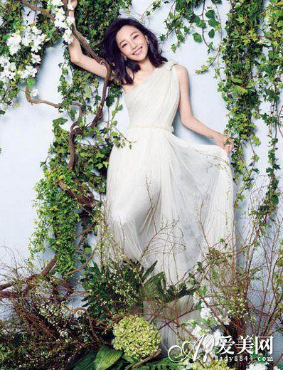 组图:白百合清新婚纱照大片登封面浪漫唯美