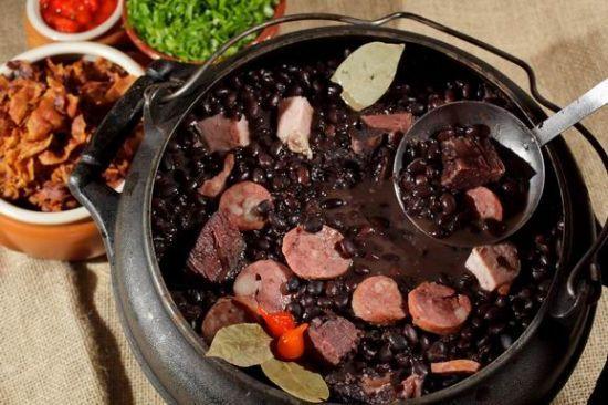 黑豆饭 (Feijoada)