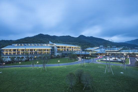 宁波东钱湖恒元酒店外观