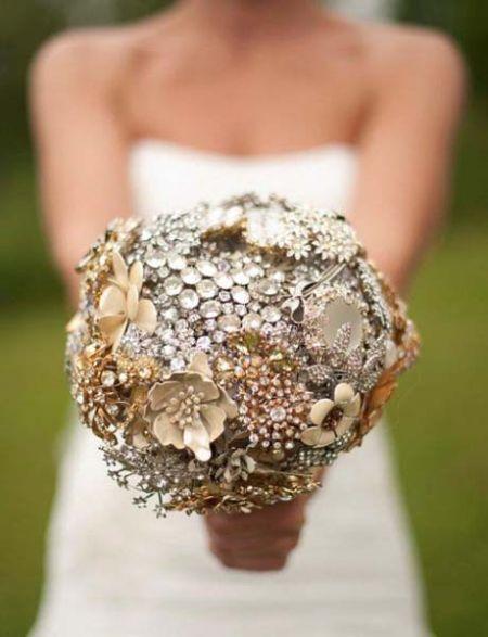 组图:奇葩新娘捧花令婚礼更添新意