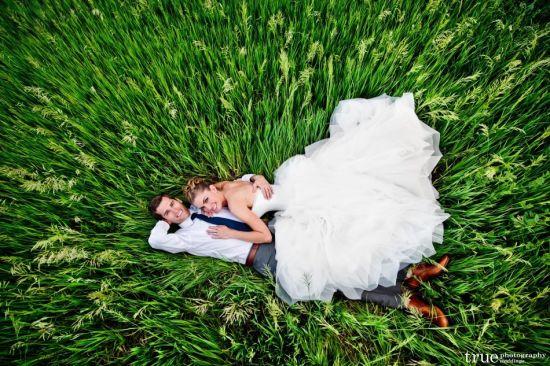 草地浪漫来袭小清新示范超美户外婚礼