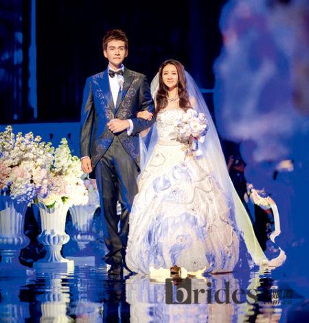 经超李琳修成正果8.4克拉钻戒打造梦幻奢华婚礼