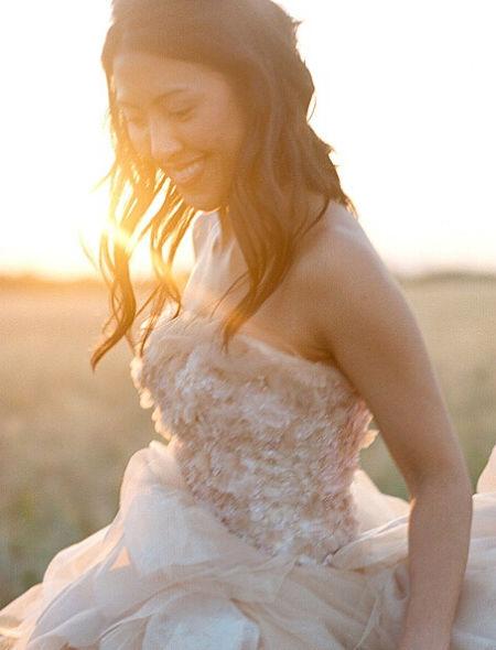 目的地婚礼盛行新娘发型打造有诀窍(组图)