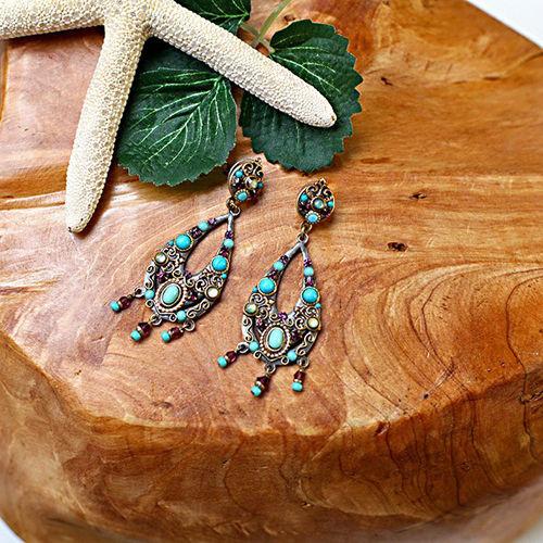 珠宝带你走近华丽的中东异域风情领略非凡饰品