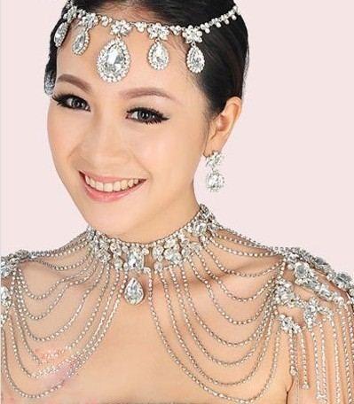 高端大气的新娘珠宝配饰尽显女王风范(组图)