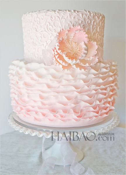 婚礼蛋糕遇上鲜花甜蜜与浪漫碰撞出的梦幻之光