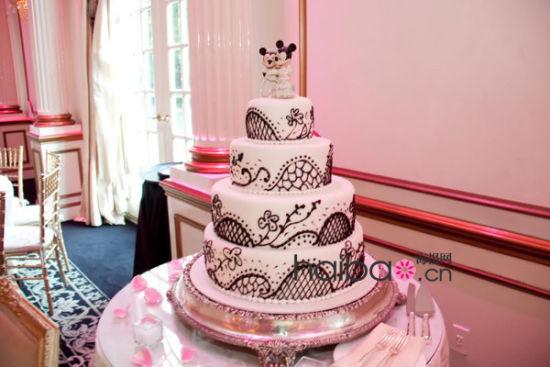 迪士尼主题婚礼蛋糕打造甜蜜的童话城堡(组图)
