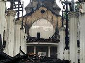 宁波老外滩天主教堂今晨起火