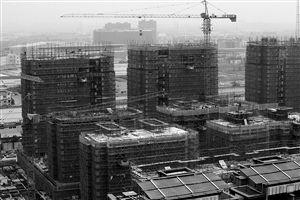 宁波城西在建的商品房 记者 张培坚 摄