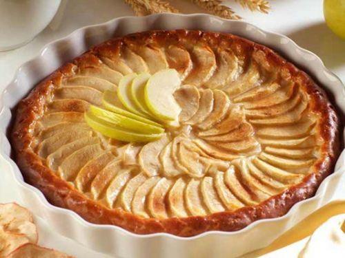 香甜可口的诺曼底苹果塔