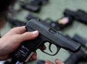 沈阳女军迷私藏108支仿真枪可装备一个连