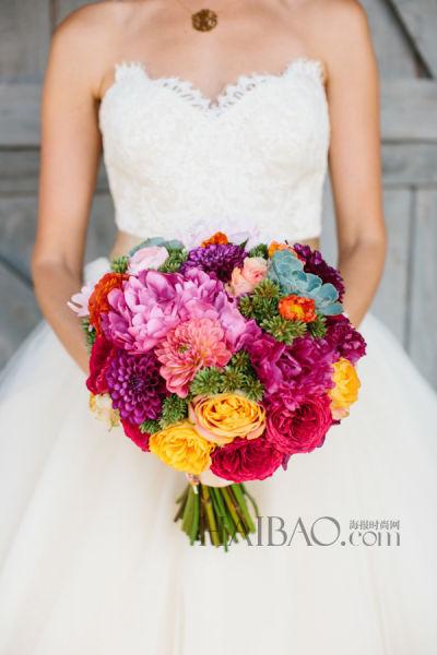 新娘捧花点亮阳光金秋在幽香中体验一场婚礼
