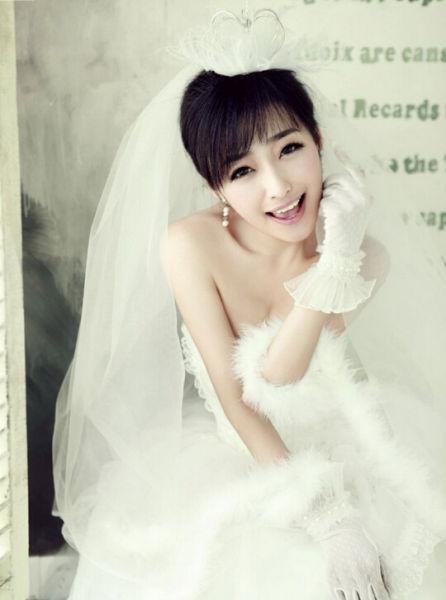 对僵硬摆拍姿势说不教你拍出韩式温情婚纱照