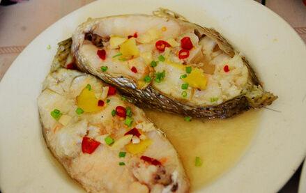 """鮸鱼,在嵊泗有一道经典海鲜佳肴""""鮸鱼羹"""",传说很久以前嵊山岛上有渔夫"""
