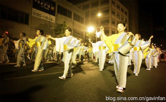 盛冈三飒舞节