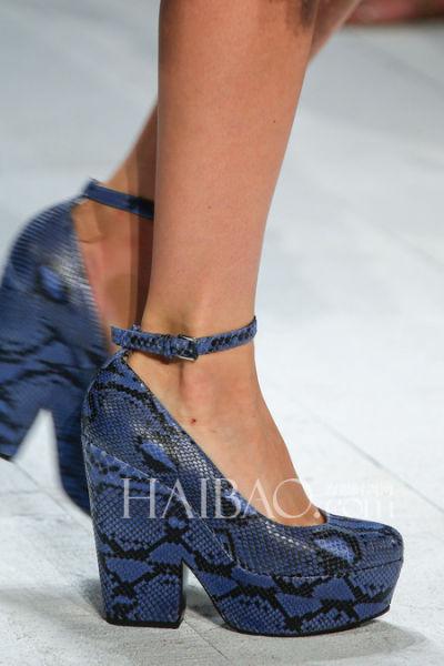 时装周秀场上的新娘鞋灵感带来婚鞋之选