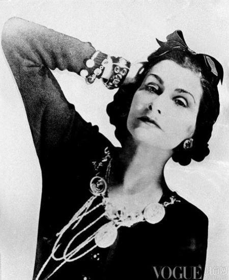 跨时代的经典时尚Icon人手一件百搭针织衫
