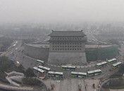 中国多地雾霾天气持续
