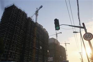宁波市部分中小银行已经为房贷松绑亮了绿灯 记者 贾东流 摄