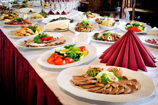 完美健康婚宴菜单的标准菜式要荤素搭配