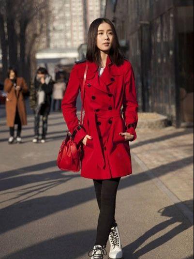 刘诗诗郭碧婷街拍 文艺女神的秋季时尚穿搭
