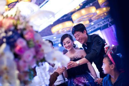 应酬婚礼的超强战术让新人在婚礼上面面俱到