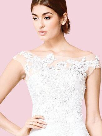 魅力新娘的透明香肩诱惑时尚性感婚纱(组图)