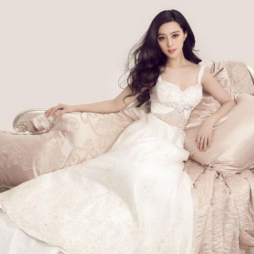 教你挑选一件永不过时的婚纱礼服(组图)