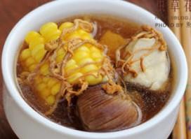 虫草花玉米汤